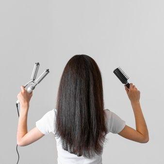 mujer-plancha-pelo